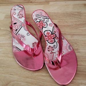 NWOT Pink metallic kitten heels no boundaries  7.5